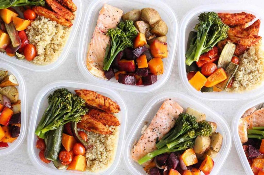 Диет Меню Фото. Меню ПП на неделю для похудения. Таблица с рецептами из простых продуктов, примерный рацион питания на 1000, 1200, 1500 калорий в день